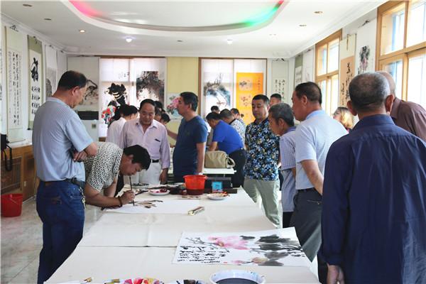 河北霸州西高村首届农民书画展